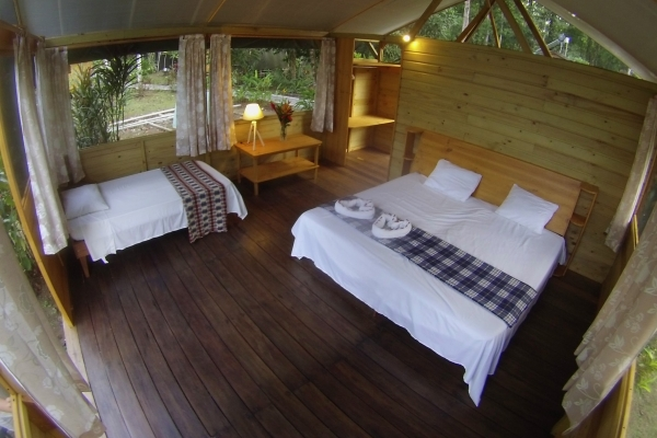 bungalow-360A04457-0A0F-AAC9-DBFA-D2933BBBF0CA.jpg