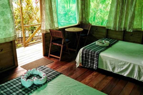 bungalow-6D2B90BF0-A576-79F7-9150-784D321C1DB8.jpg